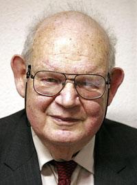 Portrait of Benoit Mandelbrot